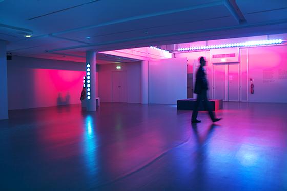L'épaisseur-de-la-lumière-2013,-Nathalie-Junod-Ponsard,-Fondation-EDF,-Paris,-France---Photo-Laurent-Lecat