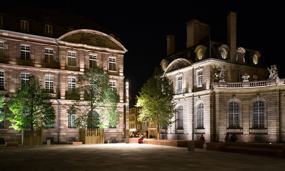 Place-du-chateau,-Strasbourg--Conception-lumiere-et-Photo4-Acte-Lumiere