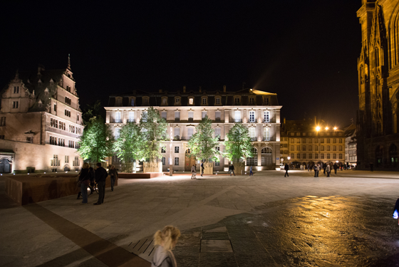 Place-du-chateau,-Strasbourg--Conception-lumiere-et-Photo5-Acte-Lumiere