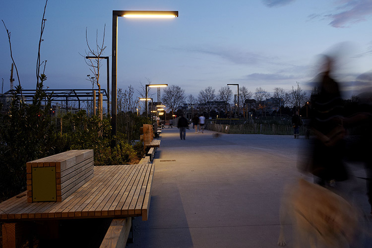 Parc-Blandan,-Lyon,-France---Conception-lumiere-ON---©-Julien-Falsimagne 2