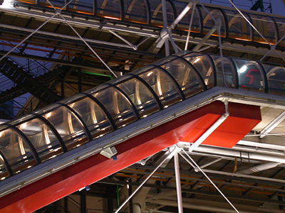 12-Centre Georges Pompidou, Paris - Architectes Renzo Piano, Richard Rogers - Concepteur lumière Jacques Rouveyrollis, Roland Jeol - Photo Vincent Laganier