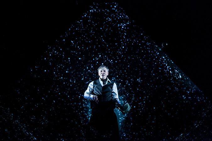 Fin du spectacle, Marc Labrèche, Les aiguilles et l'opium - Robert Lepage, 2013 © Nicola Frank Vachon