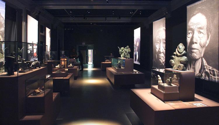 Exposition Inuit, Musée de l'Homme, Paris – Scenographe Mehl'Usine -0- Conception lumiere et photo Marc Dumas